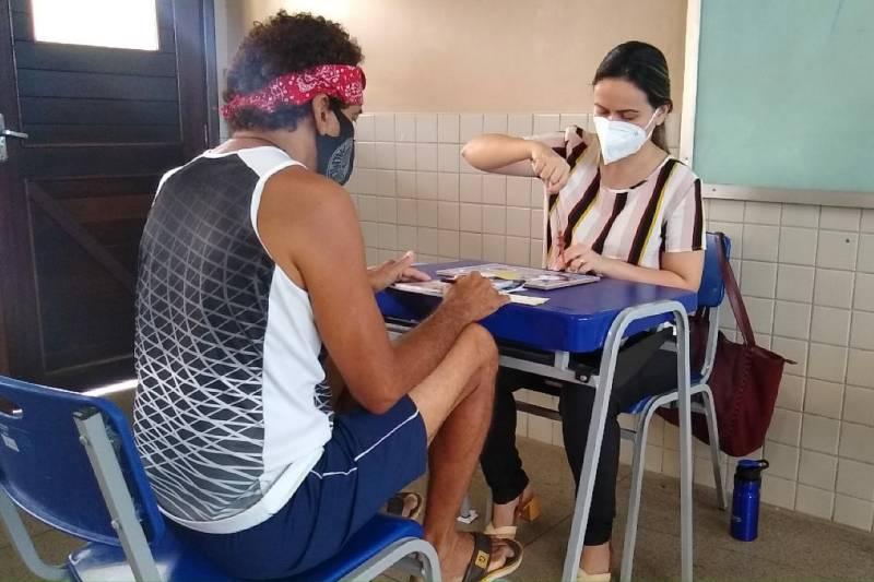 Pessoas em situação de vulnerabilidade têm atendimento com práticas terapêuticas ofertadas pela Sesma em abrigos estaduais