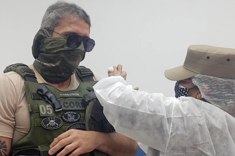Policiais civis e militares e demais servidores da área de Segurança Pública completam a imunização contra a Covid no Pará