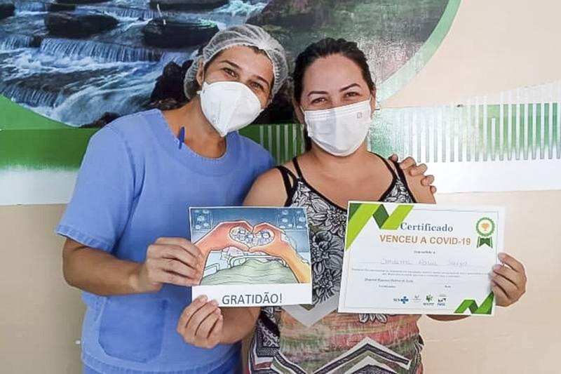 A auxiliar administrativo Soraima Abreu de Souza é uma das pacientes recuperadas no HRPL