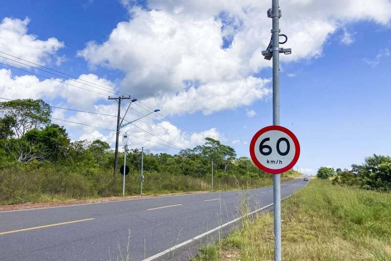 Os radares devem ajudar a prevenir excesso de velocidade nas vias, e suas consequências