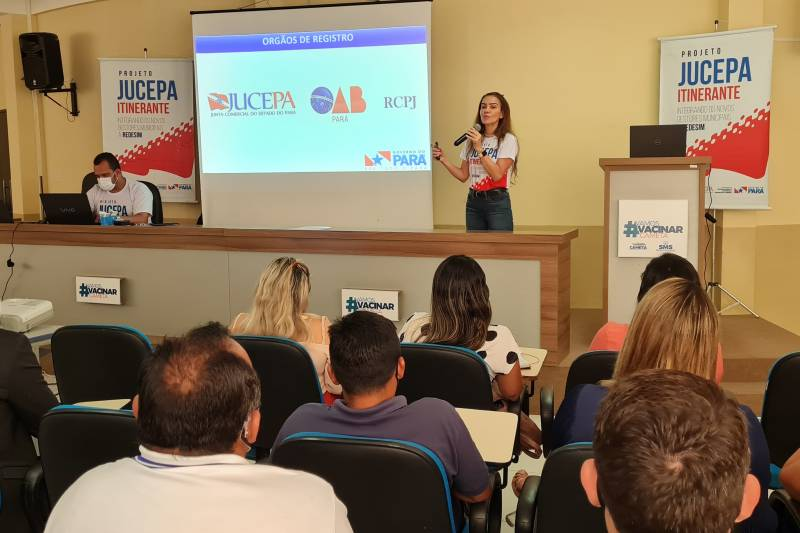 Cilene Sabino, presidente da Jucepa, abriu o seminário em Cametá