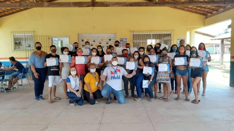 Moradores de Cotijuba capacitados em cursos oferecidos pela Fundação ParáPaz