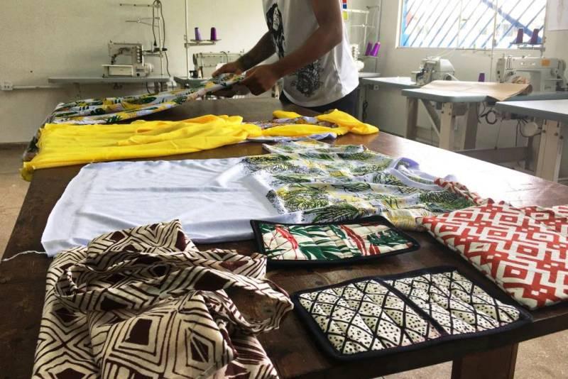 Capacitação em corte e costura industrial é oferecida aos socioeducandos no Pará