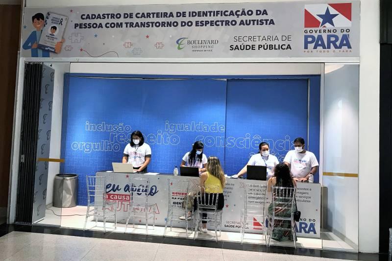 O cadastramento para a carteira de identificação da pessoa com autismo está sendo feito em estande da Sespa, no Shopping Boulevard