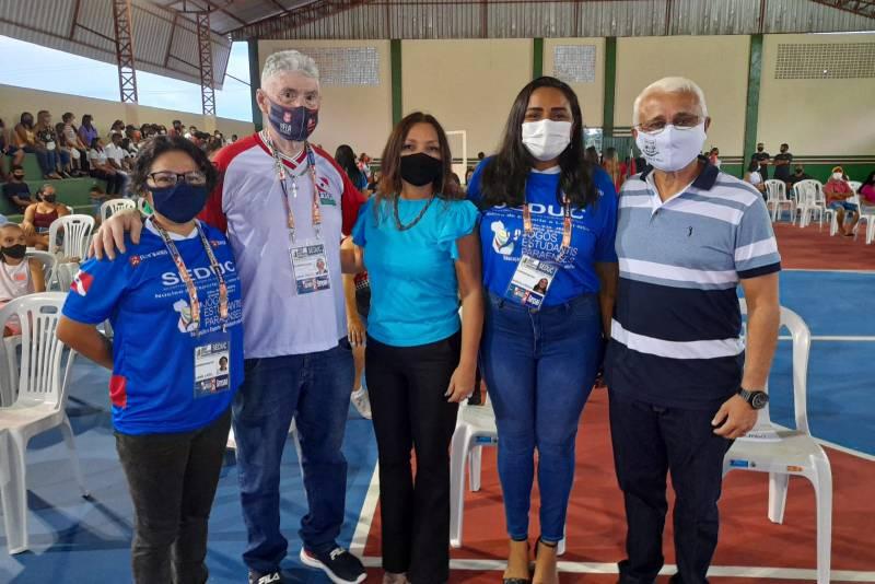 Autoridades na abertura dos Jogos em Castanhal