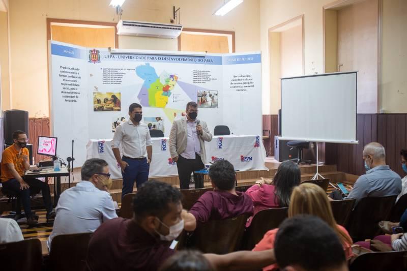 Gestores da Seac mostraram as diretrizes do TerPaz à comunidade acadêmica da Universidade do Estado do Pará