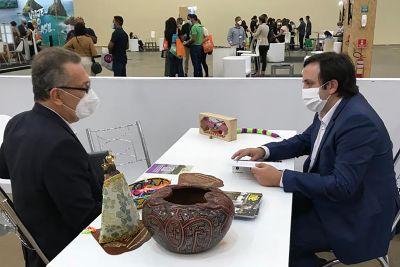 Secretário André Dias (d) no evento realizado em Fortaleza